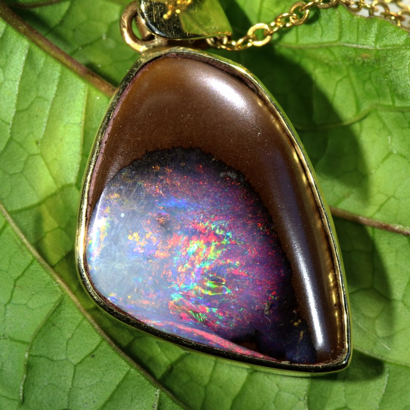 BEAUTIFUL BOULDER OPAL 18K GOLD PENDANT 15 CTS SCA1698