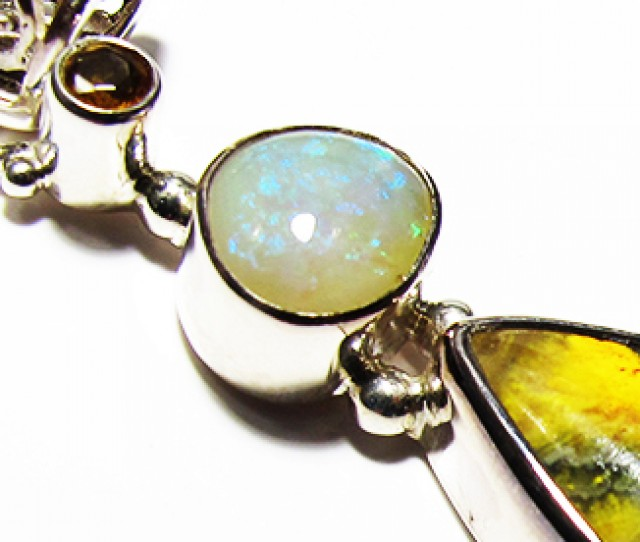 LARGE PENDANT OPAL AND BUMBLEE PENDANT [SOJ3737]