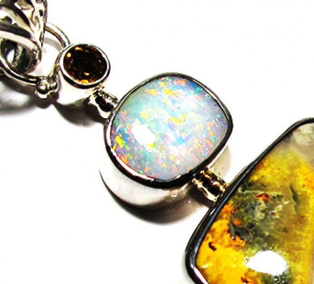 LARGE PENDANT OPAL AND BUMBLEE PENDANT [SOJ3743]