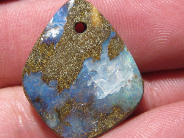 YowahOpals*21.95Cts-'Drilled' Australian Boulder Opal.