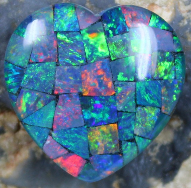 14.60 CTS TOP QUALITY HEART MOSAIC OPAL ELECTRIC COLOR PLAY C5498