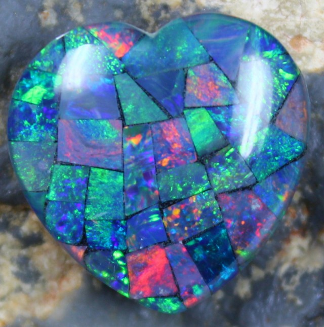 14.40 CTS TOP QUALITY HEART MOSAIC OPAL ELECTRIC COLOR PLAY C5499