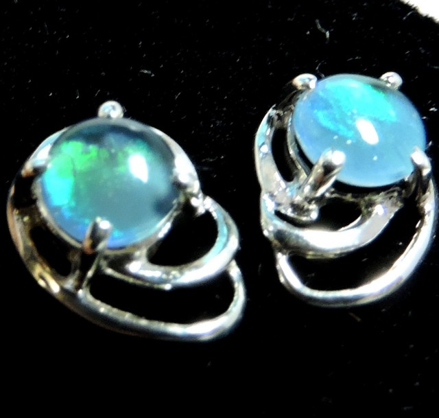 Cute  Triplet opal earrings silver Pl 1078