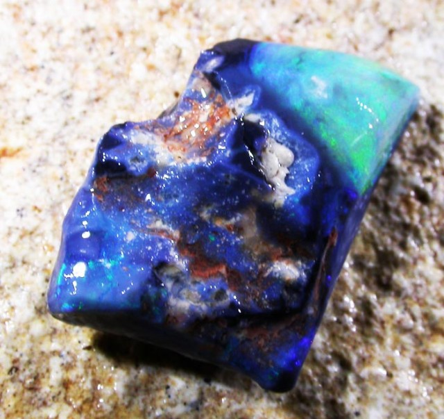 6.9 CTS PRE RUBED ROUGH -LIGHTNING RIDGE [BR2508]