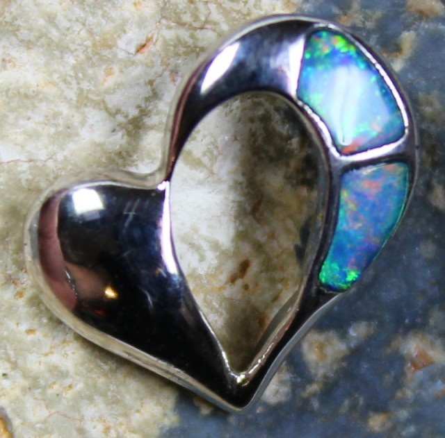 4.45 CTS HEART SHAPE INLAY CRYSTAL OPAL PENDANT STERLING SILVER 925 C5534