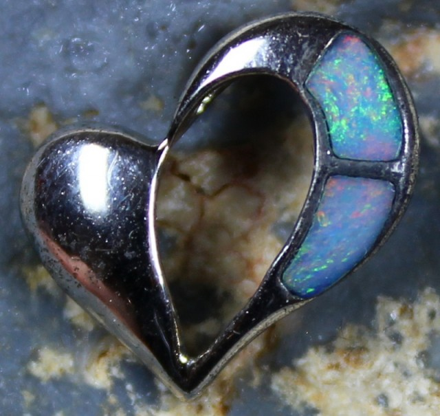 4.45 CTS HEART SHAPE INLAY CRYSTAL OPAL PENDANT STERLING SILVER 925 C5537