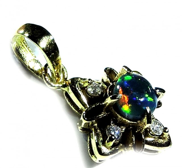 Gem black opal with diAMonds 18 k gold  sco243