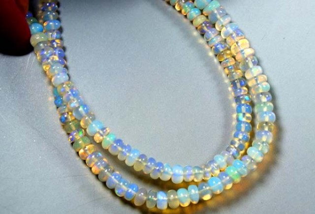 31  CTS  ETHIOPIAN OPAL BEADS DRILLED    FOB-159
