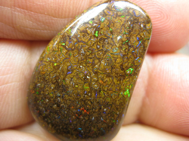 C/O.34.00cts,50% OFF WAS $120. NOW $60.GEM OPAL.