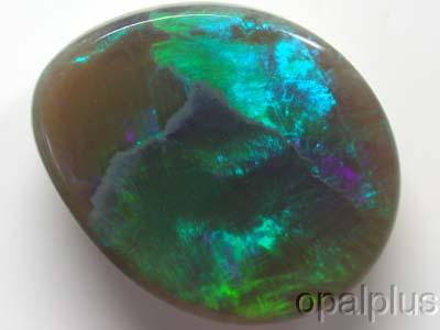 BLACK OPAL EMERALD GREEN FIRE 1.90CT C758