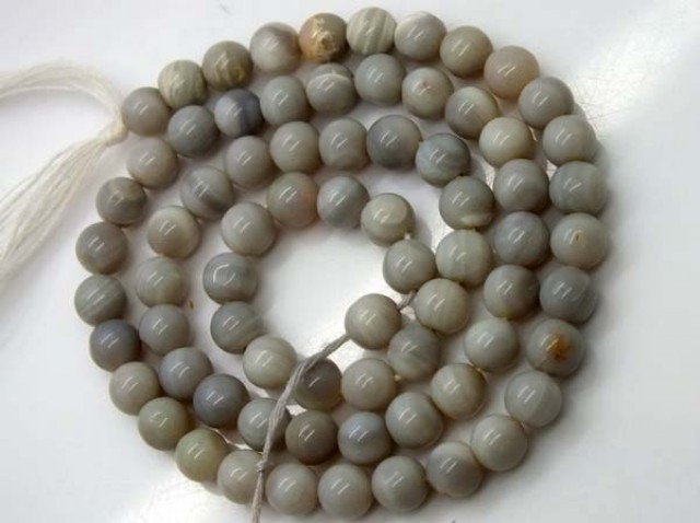 SOLID OPAL BEADS STRAND  65.0 CTS   LO-787