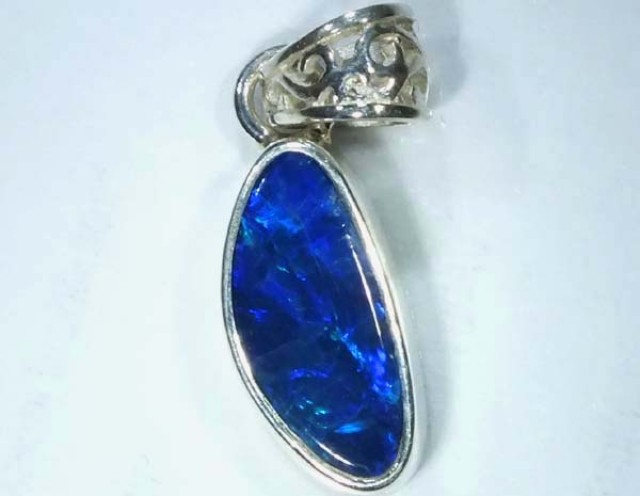 DOUBLET OPAL SILVER PENDANT 7.0  CTS   OF-476
