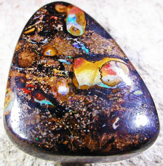 37.8 CTS YOWAH STONE-WELL POLISHED  [SO2976]