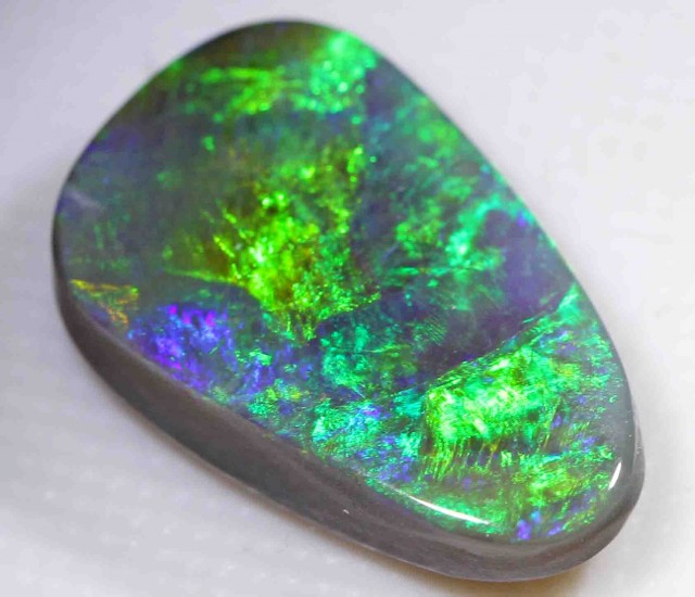 5.50 ct BLACK OPAL FROM LR