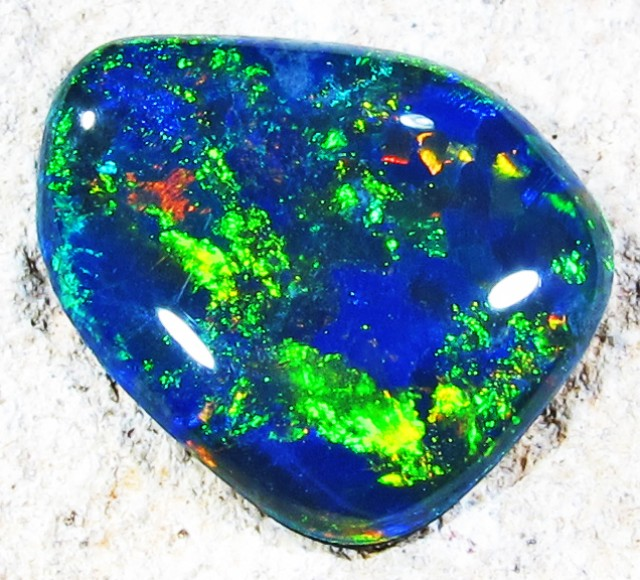2.76 Cts Gem Triplet Opal made 1996  Pl 1253