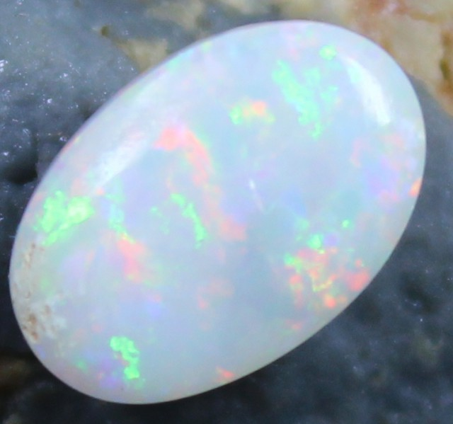 1.80 CTS COOBER PEDY WHITE OPAL CABOCHON CUT STONE C6827