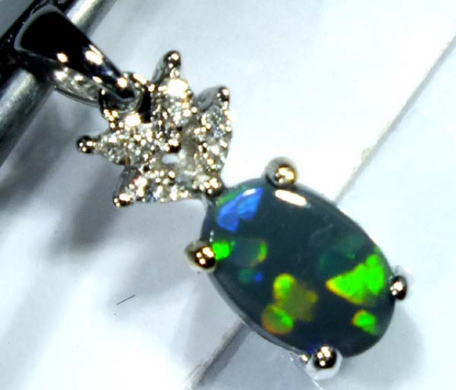 BLACK OPAL 18K WHITE GOLD PENDANT  7.80 CTS     OF-604