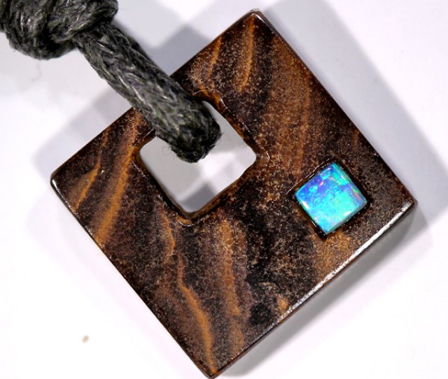 OPAL INLAY NECKLACE  11  CTS  LO-1058
