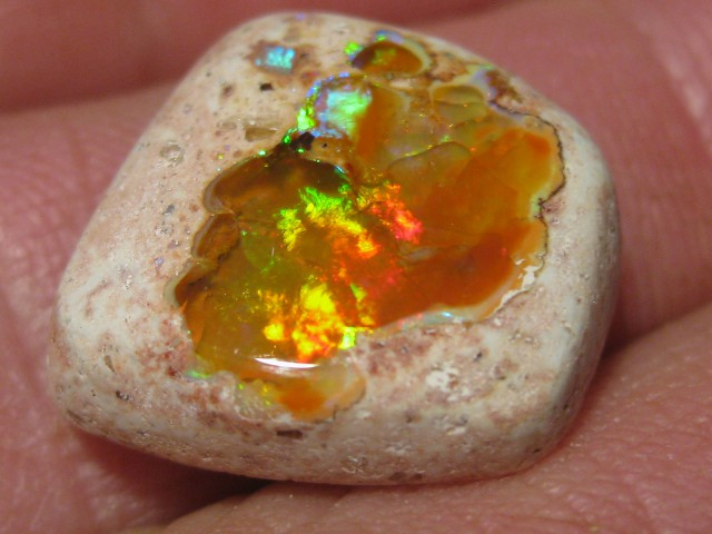 OpalWeb - Latest  Stock Mexican Opal - 11.85Cts.