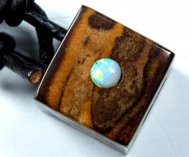 OPAL INLAY NECKLACE  15.6 CTS  LO-1151