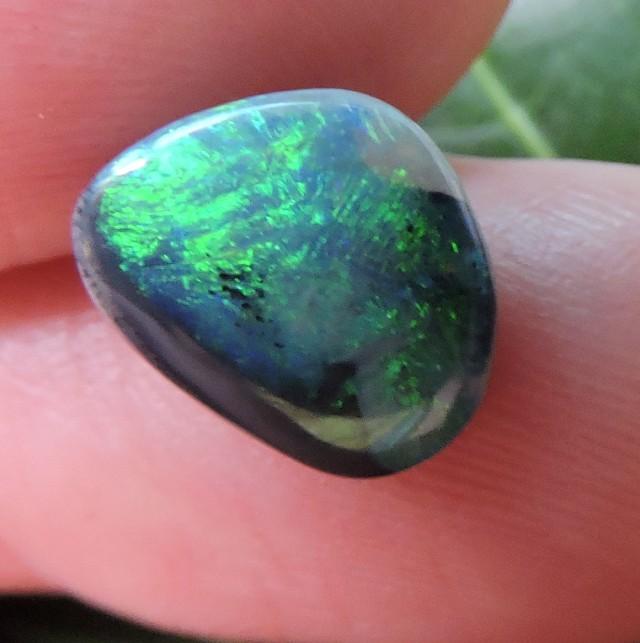 1.45Cts Black opals OMR122