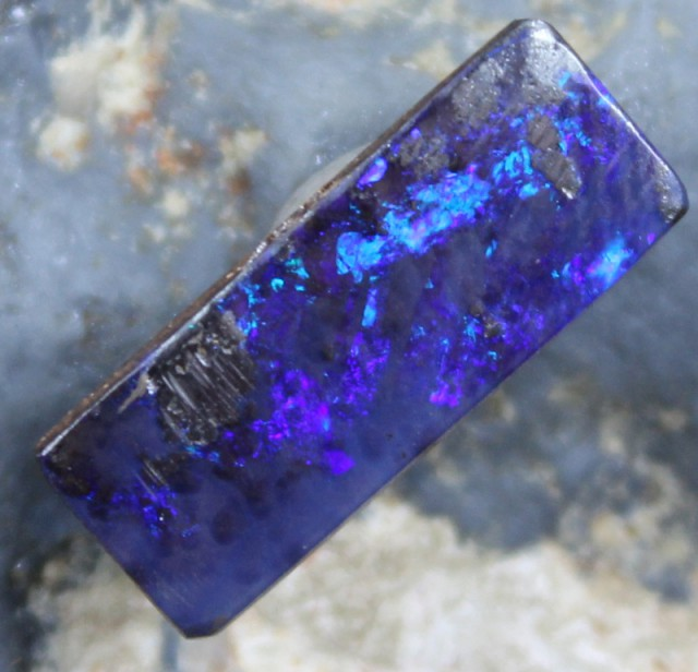 6.00 CTS BOULDER OPAL POLISHED STONE NICE COLORS