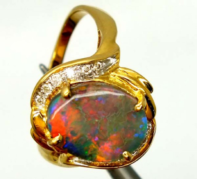 BLACK OPAL RING  18 CTS   PI-1