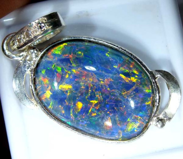 TRIPLET OPAL PENDANT SILVER  17.80 CTS OF-671