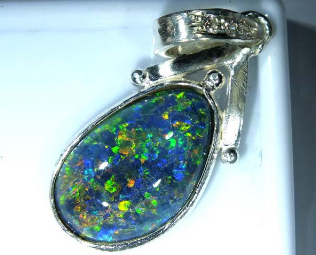 TRIPLET OPAL PENDANT SILVER 13.20  CTS OF-675