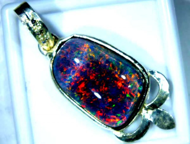 TRIPLET OPAL PENDANT SILVER 14.25  CTS OF-681