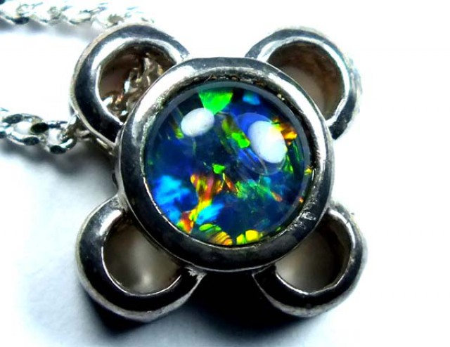 OPAL NECKLACE TRIPLET 15 CTS    LO-1262