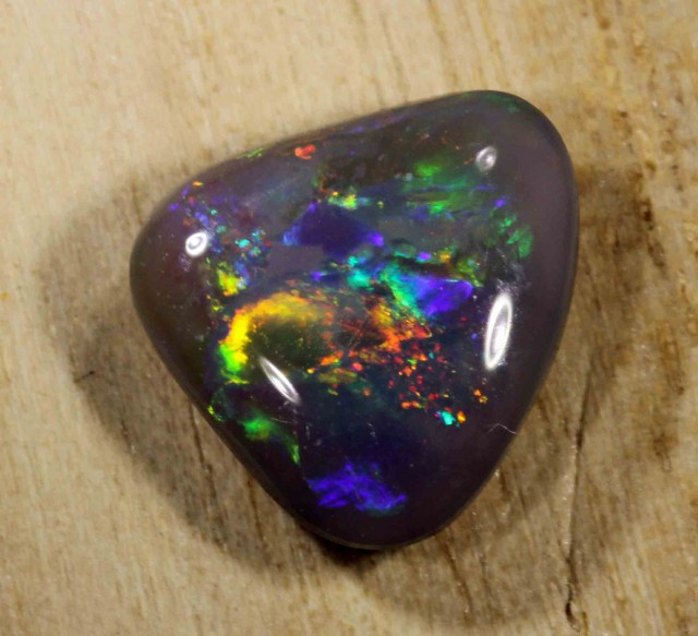 2.00 cts NICE BLACK OPAL FROM LR