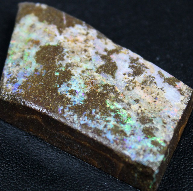 118.85 CTS BOULDER OPAL RUB FACED FOR EASY CUTTING