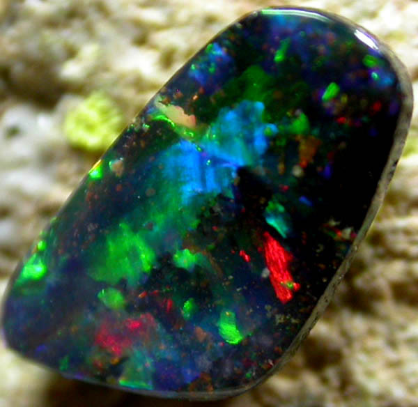 0.83 CTS BOULDER OPAL FROM THE HAYRICKS MINE [BMA 49 ]