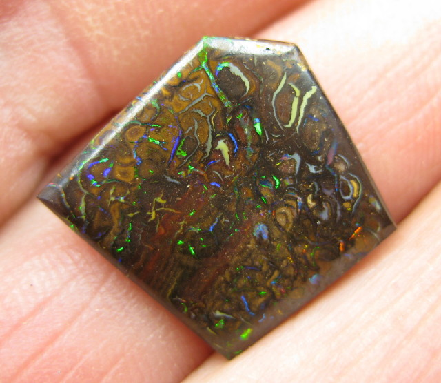 C/O 8cts,WE MINE! BOULDER MATRIX OPAL.
