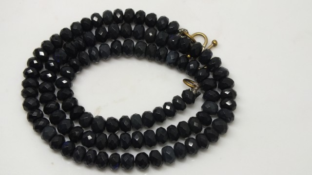 BLACK OPAL FACETED BEADS 42  CTS  TBO-3286