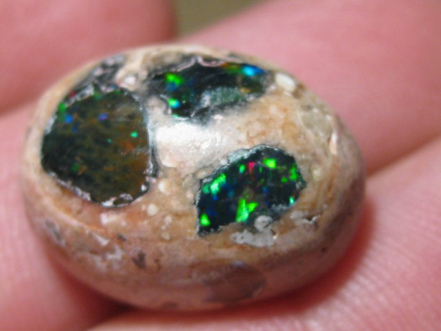 OpalWeb - Gemmy Mexican Doublet Opal - 18.10Cts.