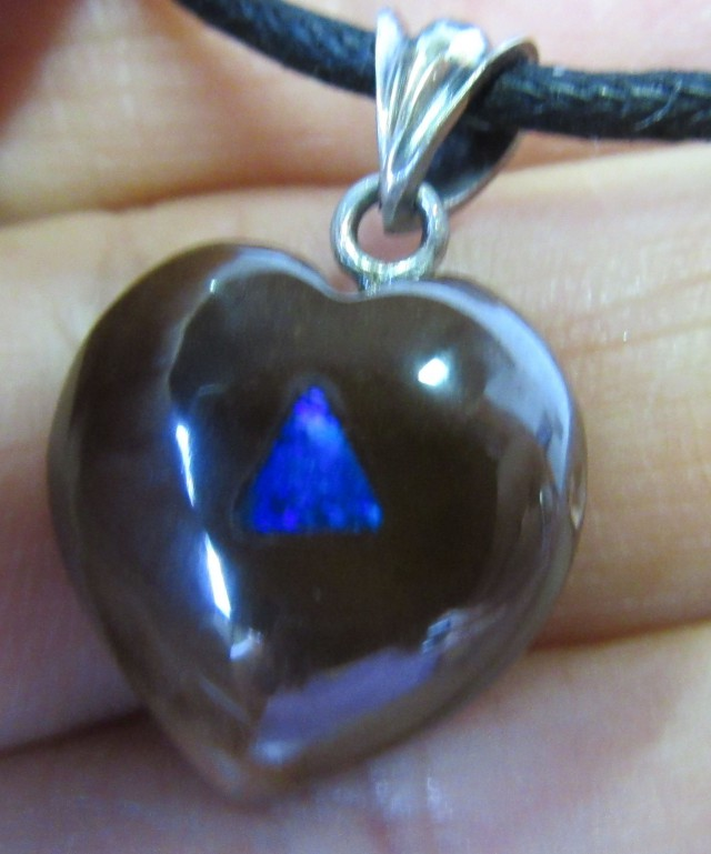 CTS  Boulder   Pendant  Opal Crystal  Inlay AGR350