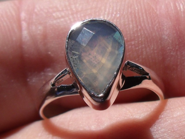 Bezel set Faceted crystal Opal gem silver ring sz 7.25
