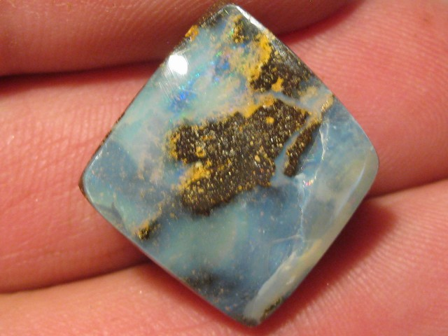 YowahOpals*27.70Cts - Drilled - Winton Boulder Opal.