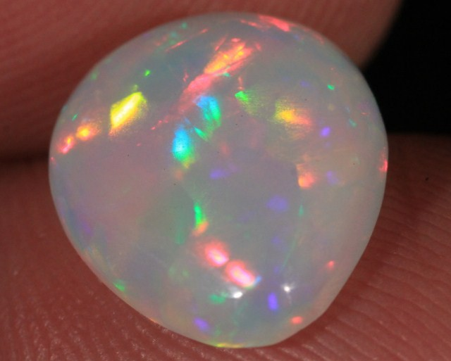 1.8CT~BRILLIANT 5/5 WELO OPAL CAB~RAINBOW PRISM