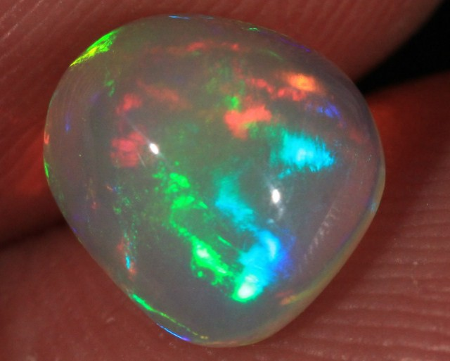 1.58CT~VERY BRIGHT 4.5/5 ETHIOPIAN WELO OPAL CAB~