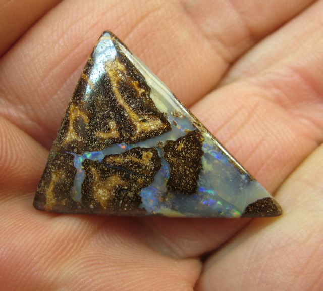C/O 15cts,LOVELY WHOLESALE BOULDER OPAL.
