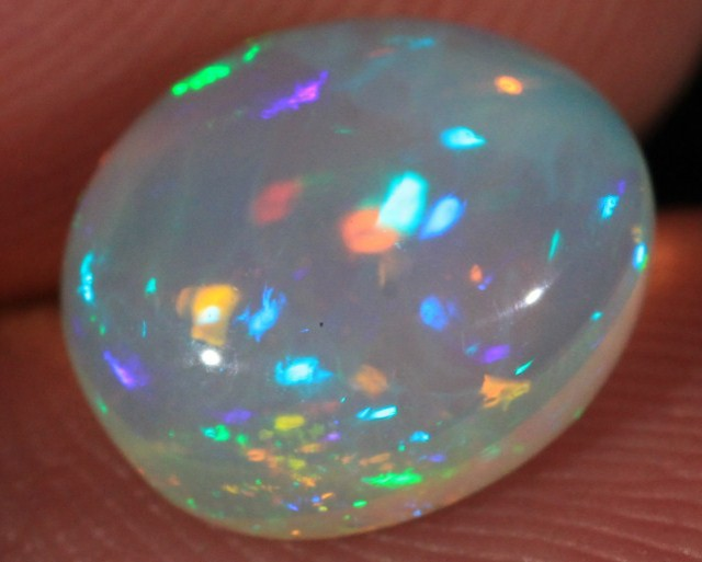 2.11CT~VERY BRIGHT WELO OPAL CAB~ROLLING FLASH