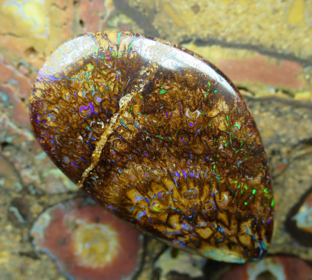 C/O 40cts,WOW! GEM BOULDER MATRIX OPAL.