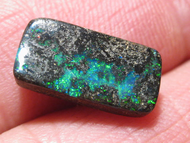 OpalWeb - Boulder Opals from QLD - 5.2Cts -