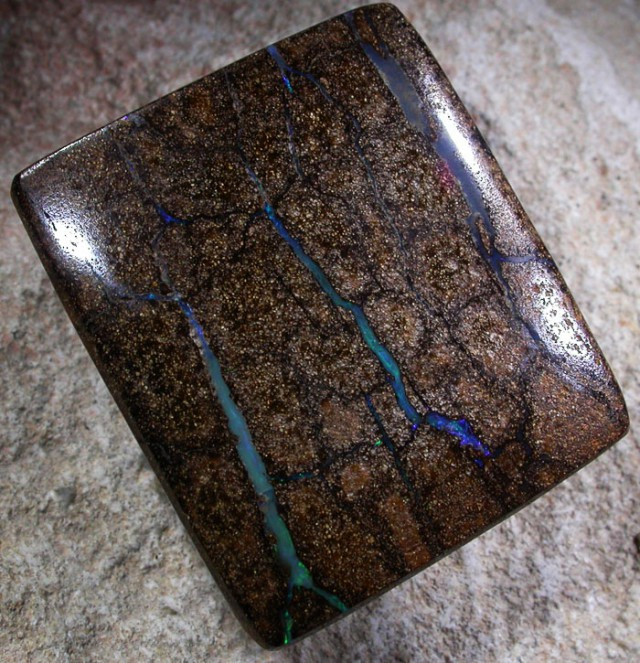 66.7 CTS BOULDER OPAL POLISHED STONE [SO5193]