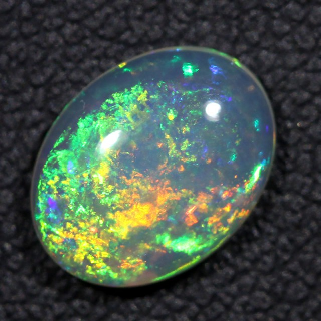 1.52cts Bright Crystal Opal From Lightning Ridge (R2