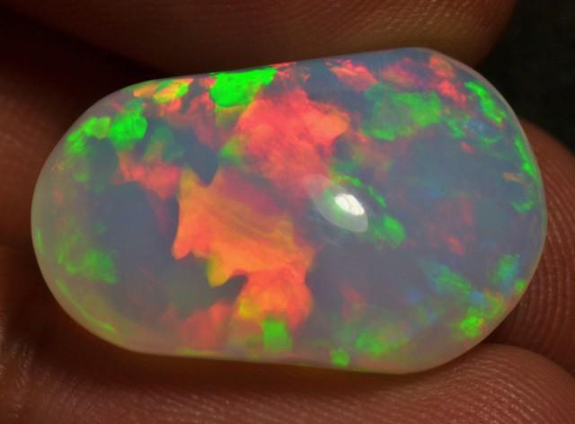 15ct Bright Natural Ethiopian Welo Magic Opal