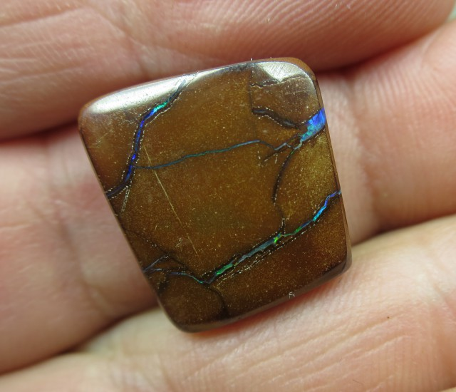 C/O 19cts,BRIGHT PATTERN BOULDER OPAL.